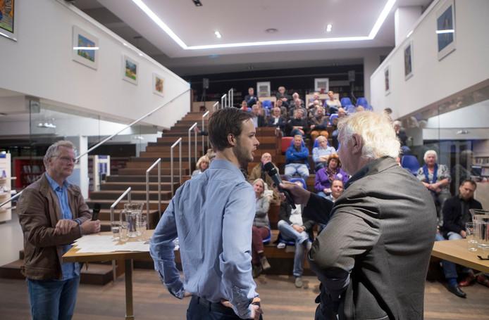 De bblthk in Wageningen geeft een podium aan veel extra activiteiten, zoals debatten. foto: Herman Stöver