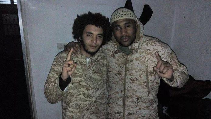 Abdelmalek Boutalliss en Lucas Van Hessche.