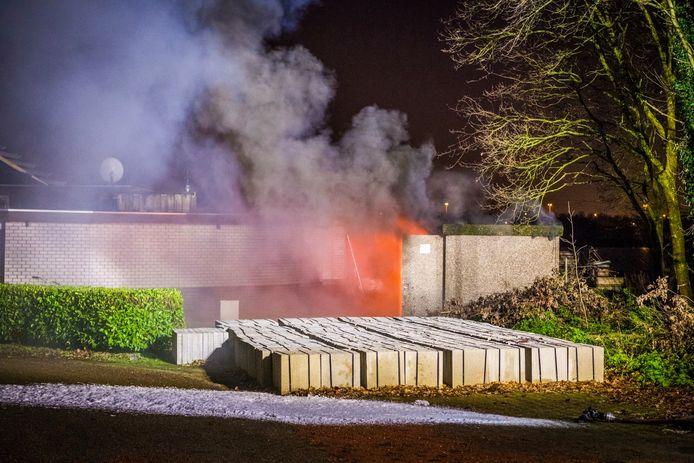 Explosie bij werkzaamheden in transformatiehuisje in Best.
