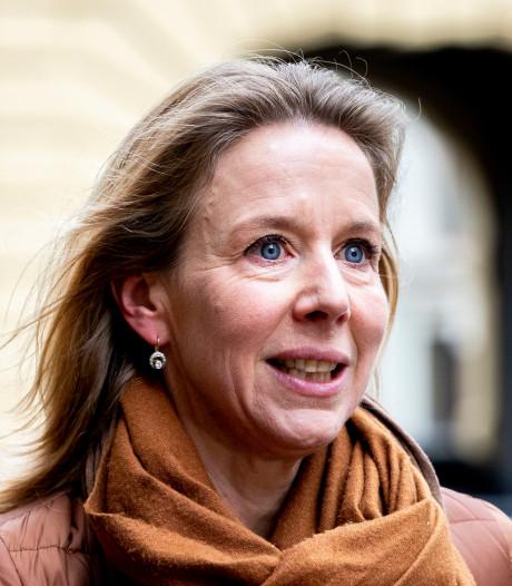 Niemand is gerustgesteld na brief minister over granuliet: 'Gaan er maar vanuit dat het een slechte 1 aprilgrap is'