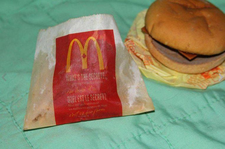 'What's the secret', vraagt McDonalds zich op het frietzakje af.