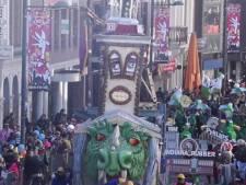 Enkele carnavalswagens haken af bij optocht Roosendaal  vanwege harde wind