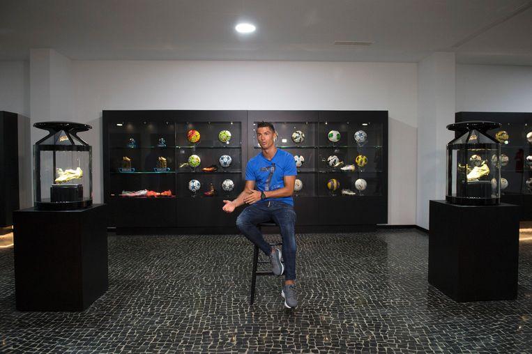 Cristiano Ronaldo in het aan de voetballer gewijde CR7-museum in Funchal op het Portugese eiland Madeira Beeld AFP
