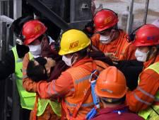 """""""Une résurrection"""": des mineurs secourus après deux semaines coincés sous terre"""