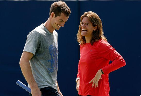 Andy Murray en coach Amelie Mauresmo tijdens een training in juni vorig jaar.