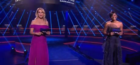 Presentatoren Songfestival schitteren in feestelijke outfits: 'Prachtig'