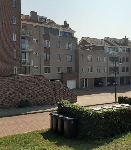 Papiercontainers blijven voorlopig zo staan bij Thoolse appartementencomplexen
