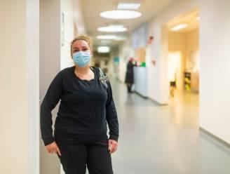 """Ziekenhuis zocht 100 'zorgbuddy's' om personeel uit de nood te helpen, anderhalve dag na oproep blijken er al meer dan 900 kandidaten: """"Als ik hierdoor besmet raak, is het maar zo"""""""