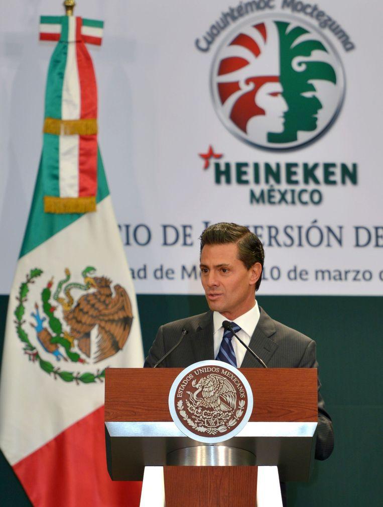 President van Mexico Enrique Pena Nieto tijdens een persconferentie over de nieuwe brouwerij van Heineken. Beeld afp