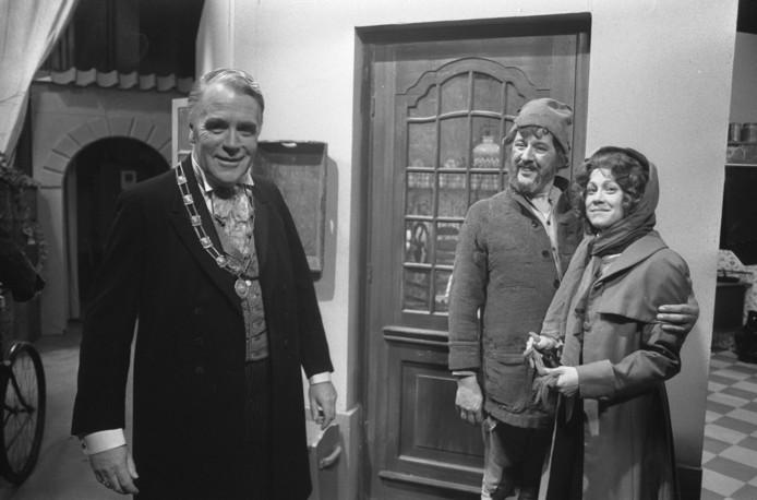 Bert Dijkstra speelde jarenlang de burgemeester is de kinderserie Swiebertje.