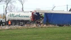 Twee vrachtwagens botsen in staart van file na reeks ongevallen op E40 richting Brussel