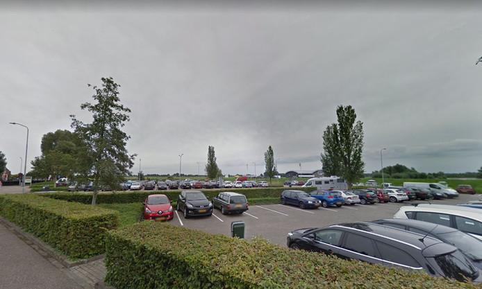 De drugsdeal vond plaats op parkeerplaats De Bleek in Hattem.