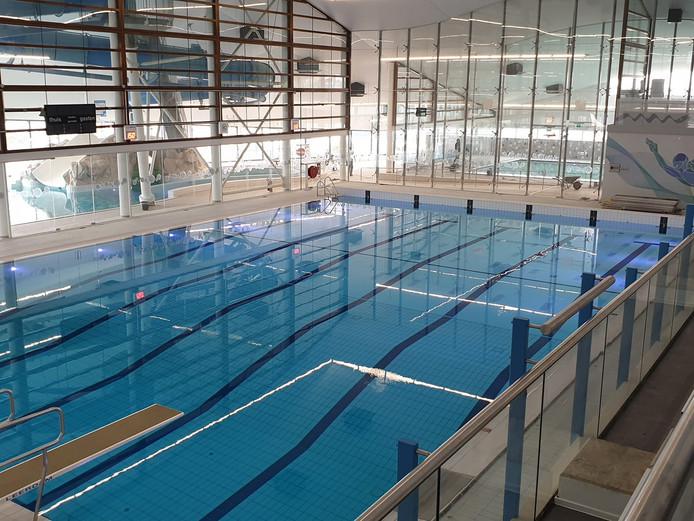 Zwembad De Schelp in Bergen op Zoom heeft een miljoenenrenovatie ondergaan en opent op maandag 2 september weer de deuren voor het publiek
