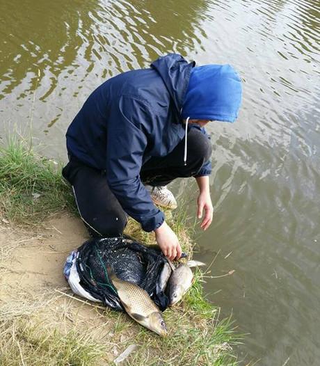 Illegale vissers in Delden op de bon geslingerd