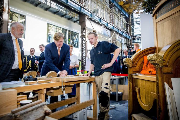 Koning Willem-Alexander kijkt mee op ROC Twente.