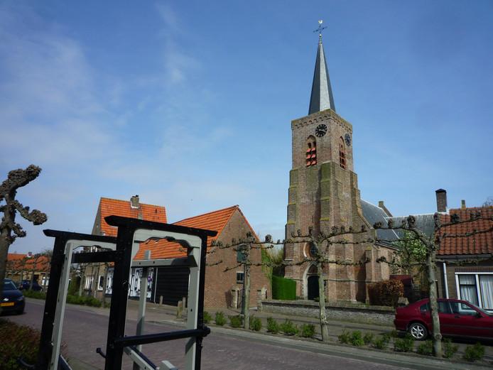 Op de toren van Oudelande wappert morgen geen Nederlandse vlag.