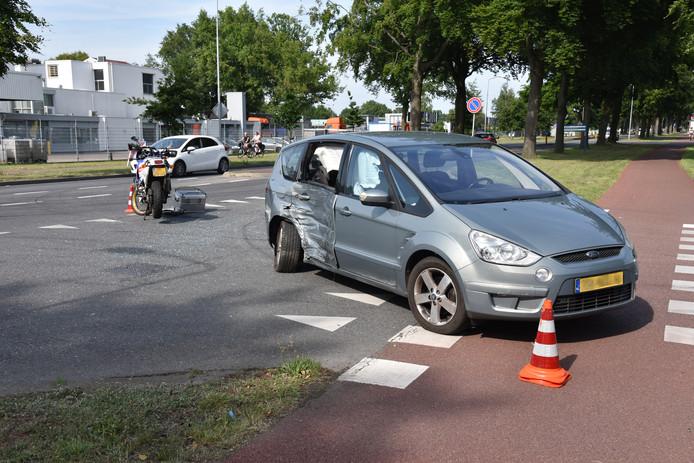 De bestuurder van de auto sloeg vanaf de Nieuweweg af de Industriepark in.