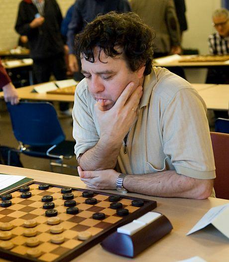 Alexander Schwarzman neemt het op tegen rest van de wereld