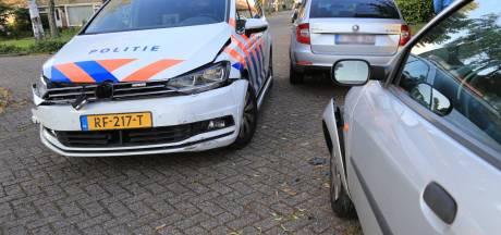 Meerdere auto's beschadigd bij politieachtervolging door Geldrop