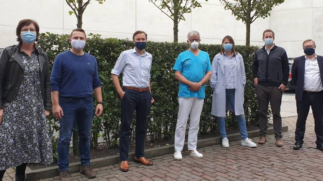 Economische Ronde door Oost-Vlaanderen van CD&V-politici houdt halt in Zele