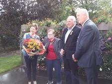 Annie en Sjef Gijsbers-van Leeuwen uit Deurne krijgen lintje voor 30 jaar mantelzorg
