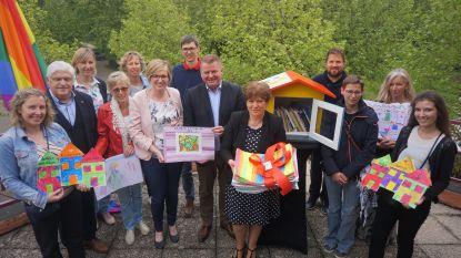 Elke deelgemeente van Oudenburg krijgt boekenruilkastje