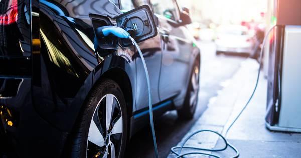 Overheid Plaatst 2000 Oplaadpunten Voor Elektrische Auto S Bij