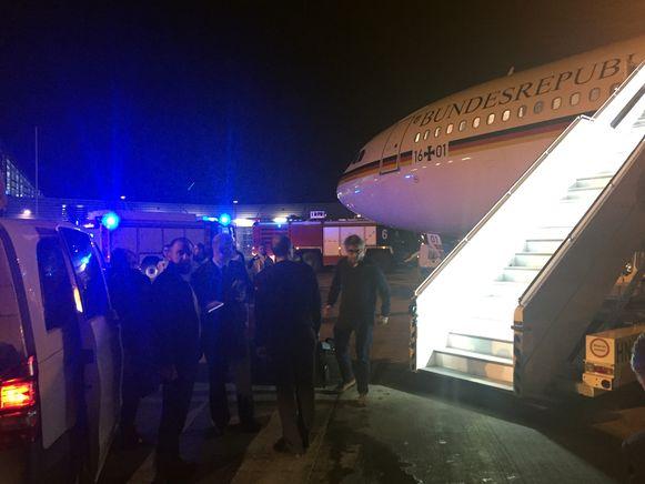 Het regeringsvliegtuig moest onverwacht landen in Keulen na technische problemen.