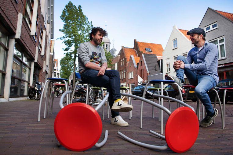 Huub Purmer en Rick Agter, de initiatiefnemers van Het Nieuwe Warenhuis in Alkmaar. Beeld Olaf Kraak