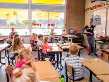 Gezocht: oppasouder voor als de leerkracht ziek is