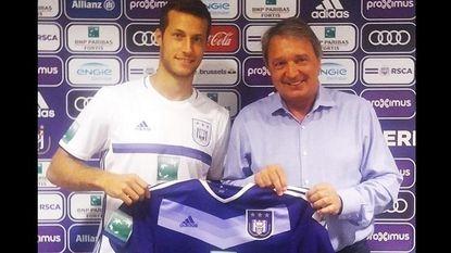 Herbeleef dolle slotdag transfermarkt met komen en gaan op Anderlecht en njet voor Witsel