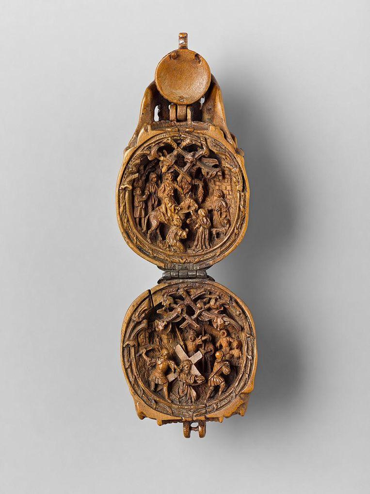 Binnenkant van de schedel. Taferelen uit het lijdensverhaal van Christus. Anoniem, uit Duitsland, mogelijk Neurenberg, circa 1515. Gemaakt uit perenhout. Beeld