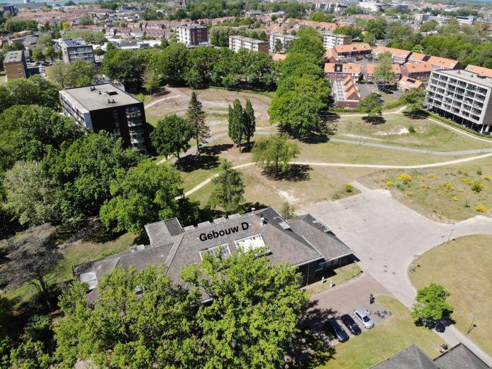 In Gebouw D van de Cort Heyligerskazerne in Bergen op Zoom worden vanaf medio 2021 appartementen gemaakt die bewoners naar eigen wensen kunnen laten ontwikkelen.