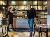 Thonet stoelen, marmeren bar en klassiekers op menukaart: 'Bij Monastère is het op en top Frans'