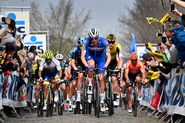 Een vertrouwd beeld: Tim Declercq op kop van het peloton. De West-Vlaming van Deceuninck-Quick.Step werd vorig jaar verkozen tot Kristallen Zweetdruppel.