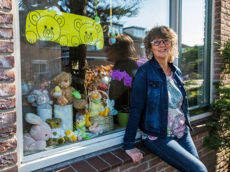 Duizenden beertjes verstopt achter Zoetermeerse ramen