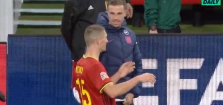La discussion cocasse entre Meunier et Henderson sur le penalty provoqué