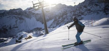 Les domaines skiables suisses pourront rouvrir dès le 22 décembre: les cantons trancheront