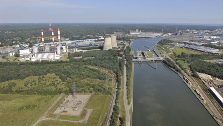 De energiecentrale van Langerlo.
