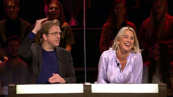 Jan Jaap van der Wal en Kat Kerkhofs waren woensdagavond juryleden in 'De Slimste Mens Ter Wereld'.