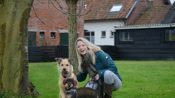 Sanne Xhaflaire heeft een hondenuitlaatservice: 'Honden zijn magische beesten'