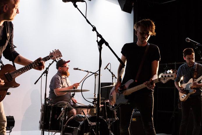 Fire Harvest is begonnen als vriendengroep die als hoofddoel had om samen muziek te maken.