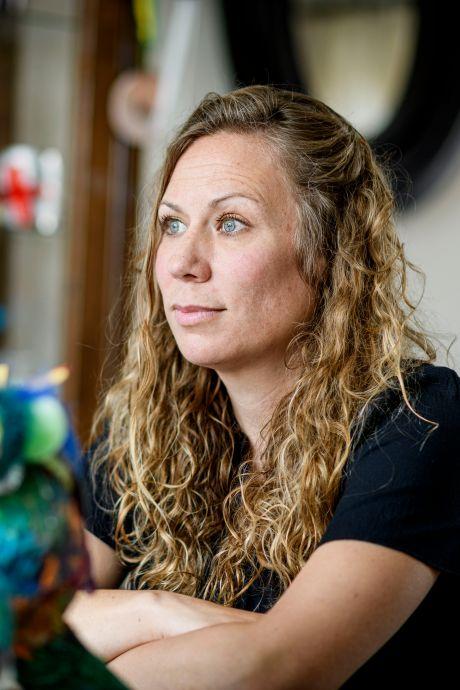 Claire uit Ootmarsum moet haar dochtertjes al maanden missen na anonieme tip aan jeugdzorg