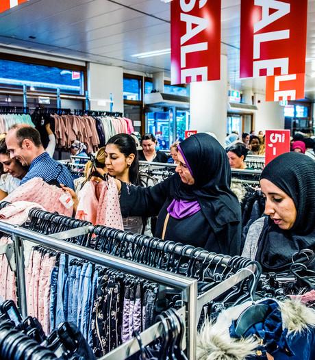 CBS: Consumenten onverminderd positief