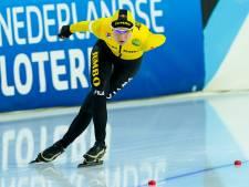 Carlijn Achtereekte niet op het ijs in Thialf, maar thuis balend voor de buis door rugblessure