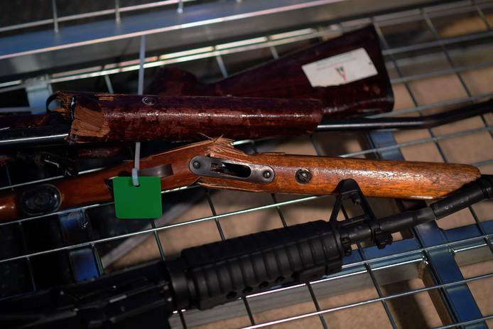 Een kleine selectie van het aantal wapens dat is ingeleverd in Nieuw-Zeeland