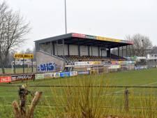 Columbia uit Apeldoorn schorst voetballer die speler van Warnsveldse Boys racistisch bejegende