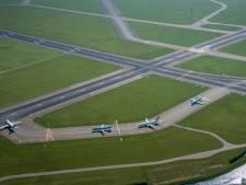 Wethouder Nieuwkoop wil lobbyen voor landingsbanen in zee