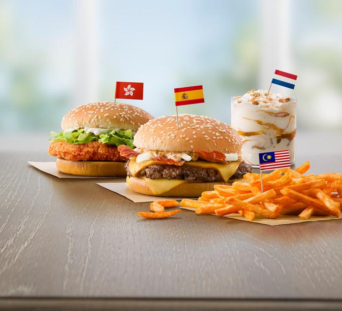 Internationaal snacken bij McDonald's : een pittig broodje kip uit Hongkong, de Mc Extreme baconburger uit Spanje en de McFlurry met oerhollandse stroopwafel.