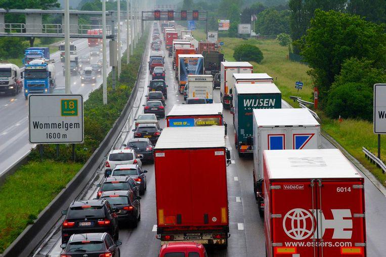 Op dit stuk autosnelweg, vanaf Ranst via Wommelgem op de E313 tot in Deurne op de Antwerpse Ring, zullen de zelfrijdende auto's rijden.